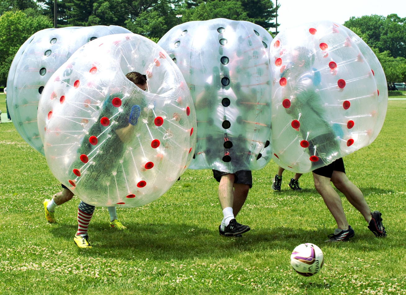 foot bulle bubble bump zorb football paris activites vimigo