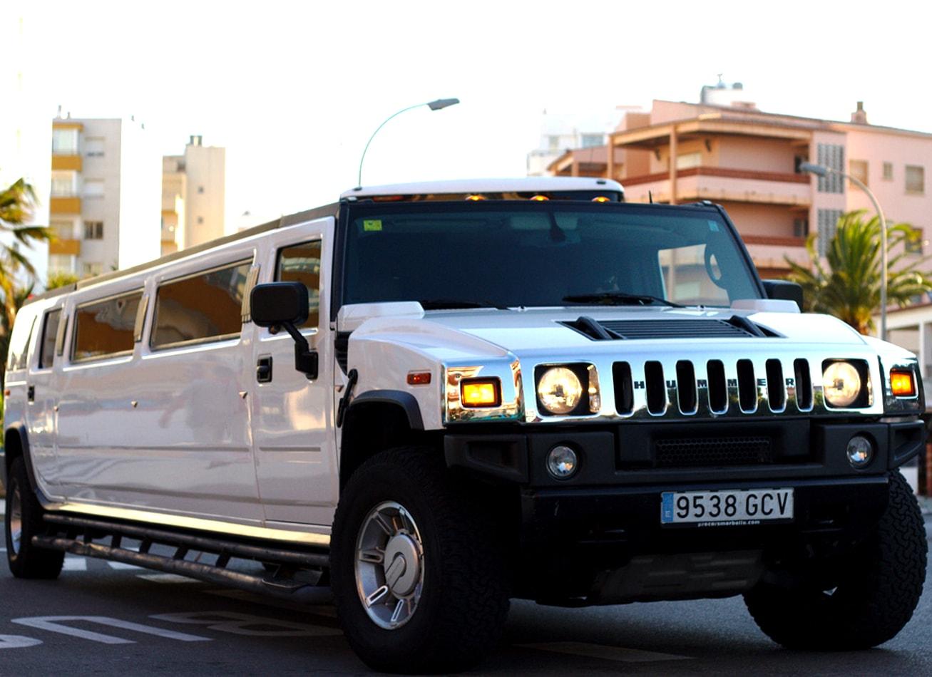 transfert aeroport en Hummer limo limousine bucarest activites vimigo