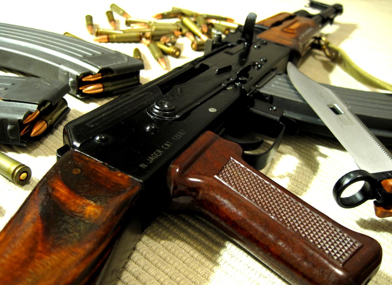 shooting à prague glock Uzi et AK-47 prague activites vimigo
