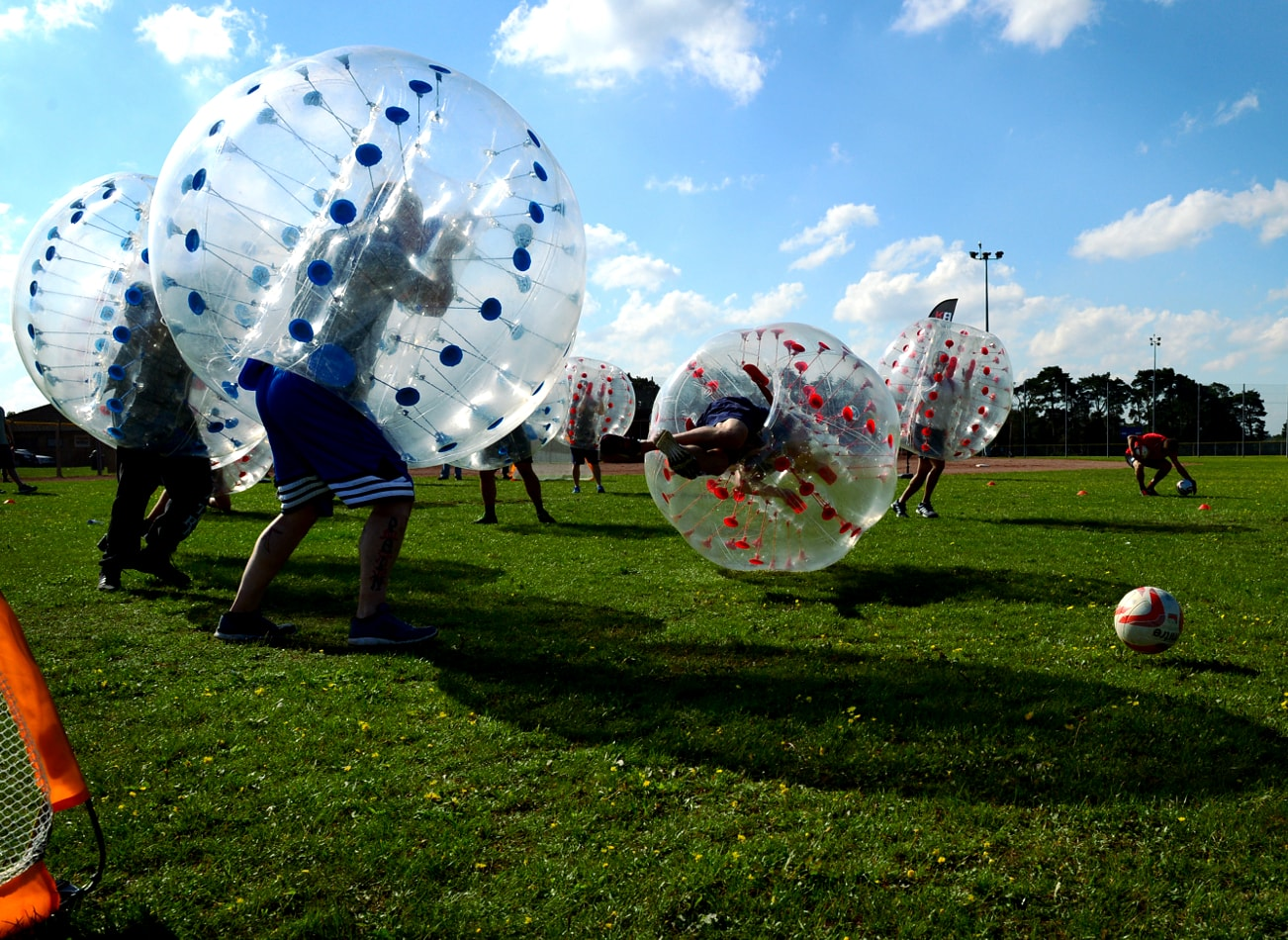 foot bulle à Amsterdam bubble foot bulle bubble bump football zorb amsterdam activites vimigo