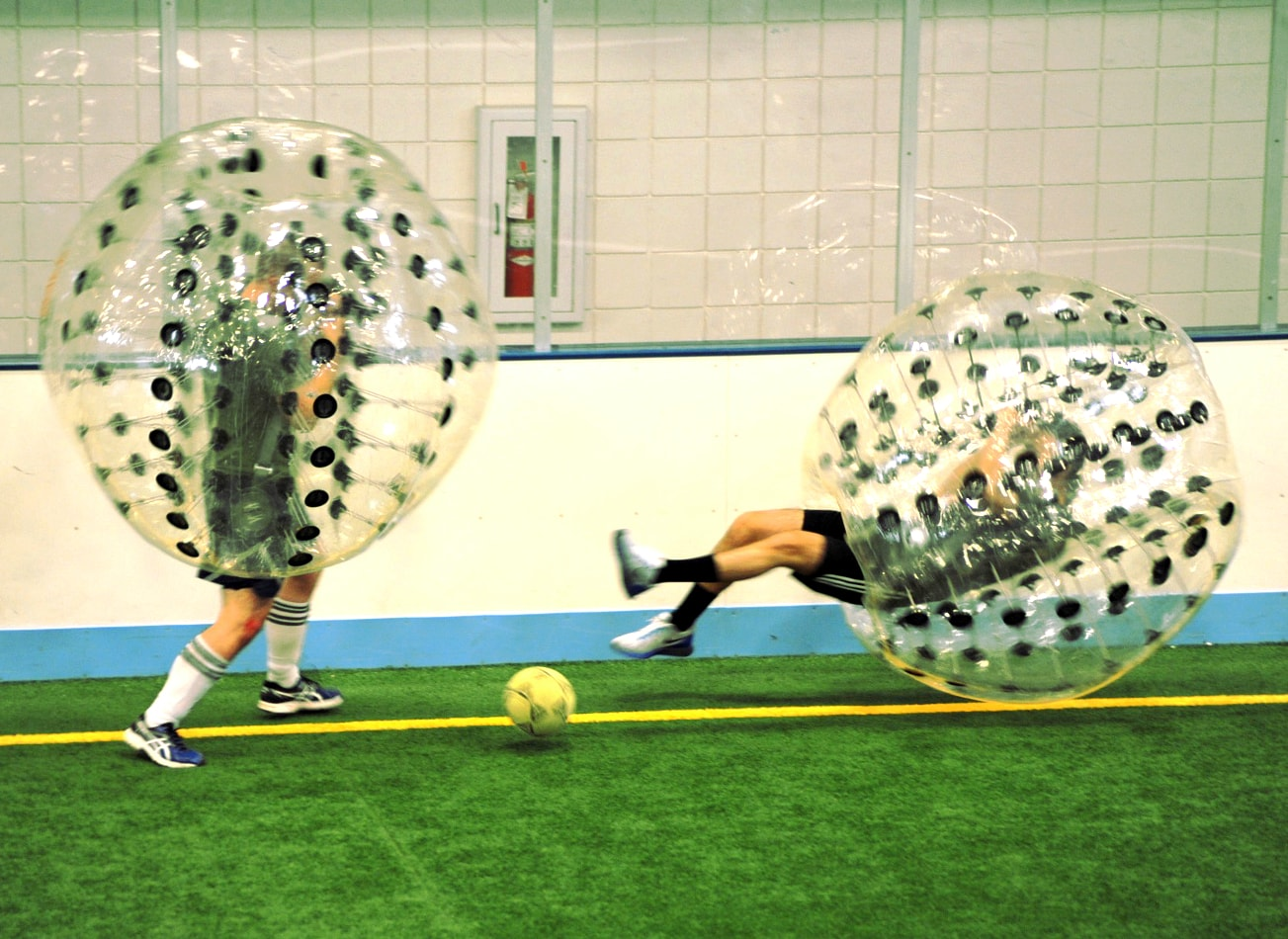 foot bulle bubble football budapest activites vimigo