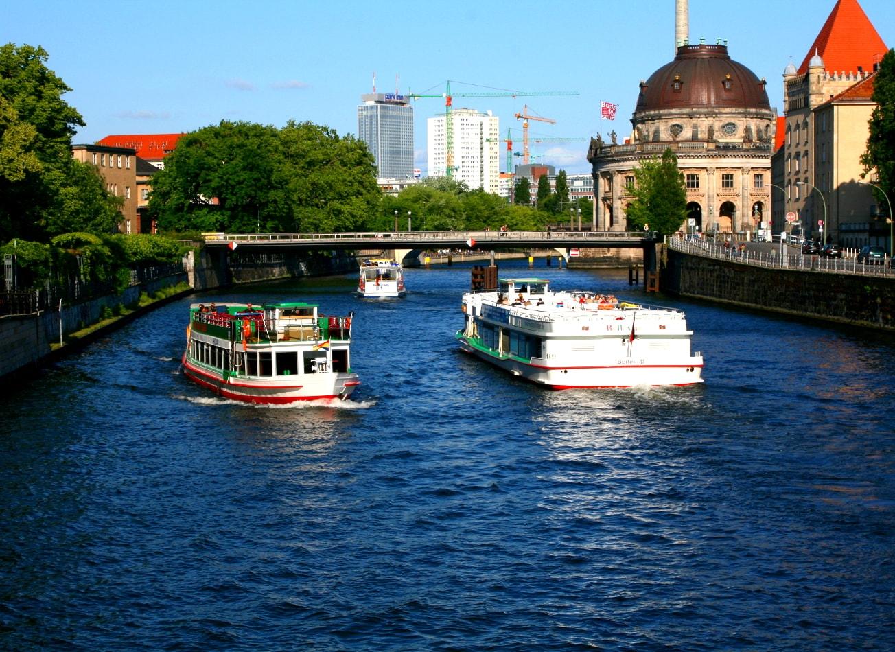 croisière apéritif sur la rivière spree berlin activites vimigo