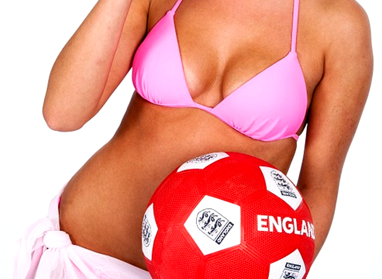 football indoor contre joueuses sexy strip budapest activites vimigo