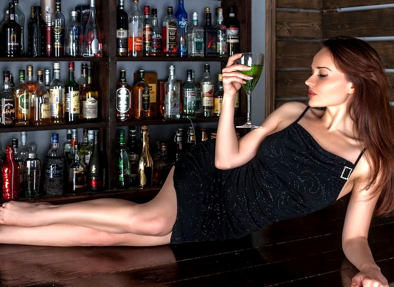 entrée en strip club avec open bar striptease budapest activites vimigo