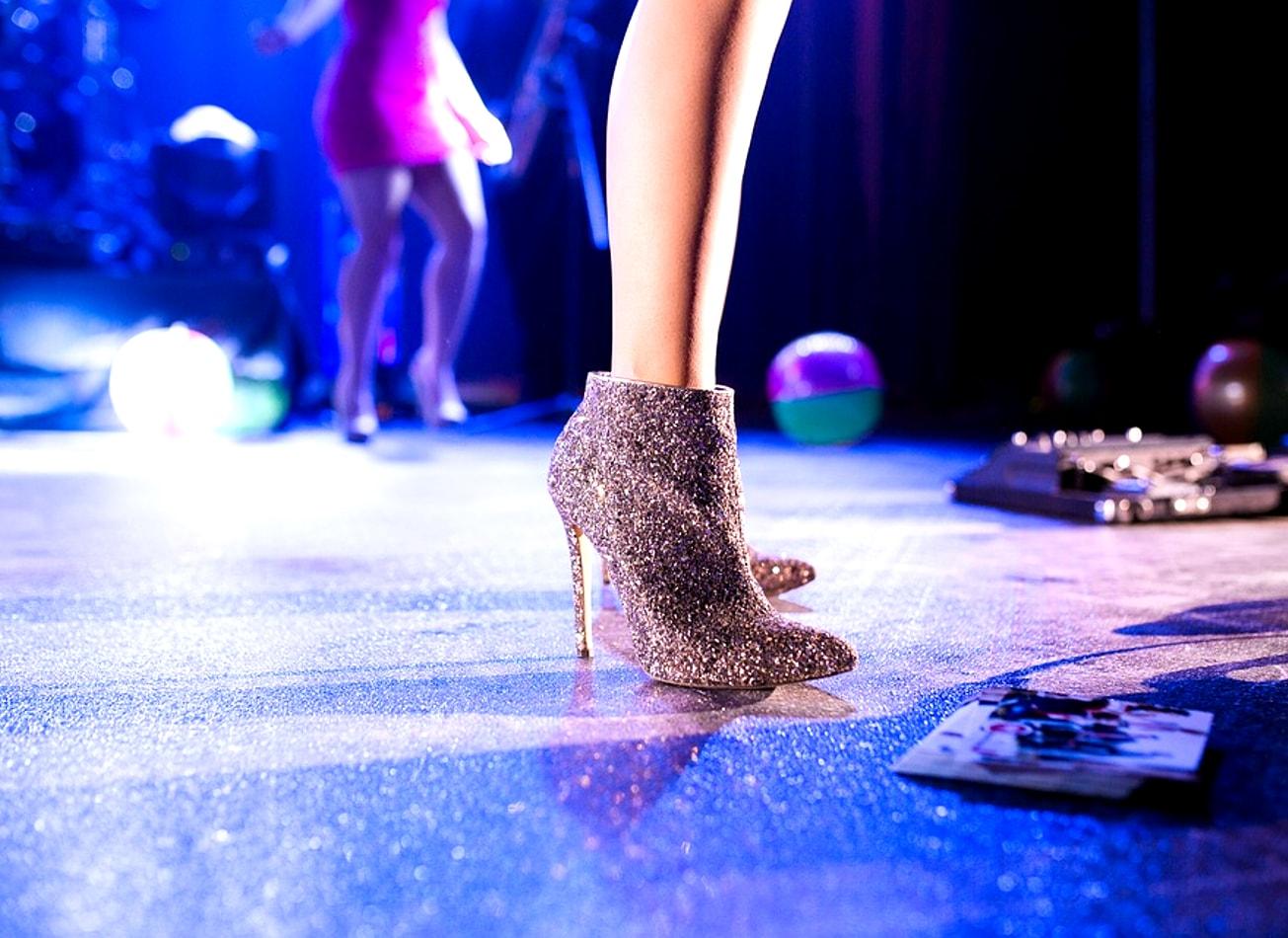 bars, strip & boîte de nuit tournée club activites vimigo