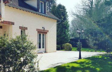 Villa festive dans le Loiret