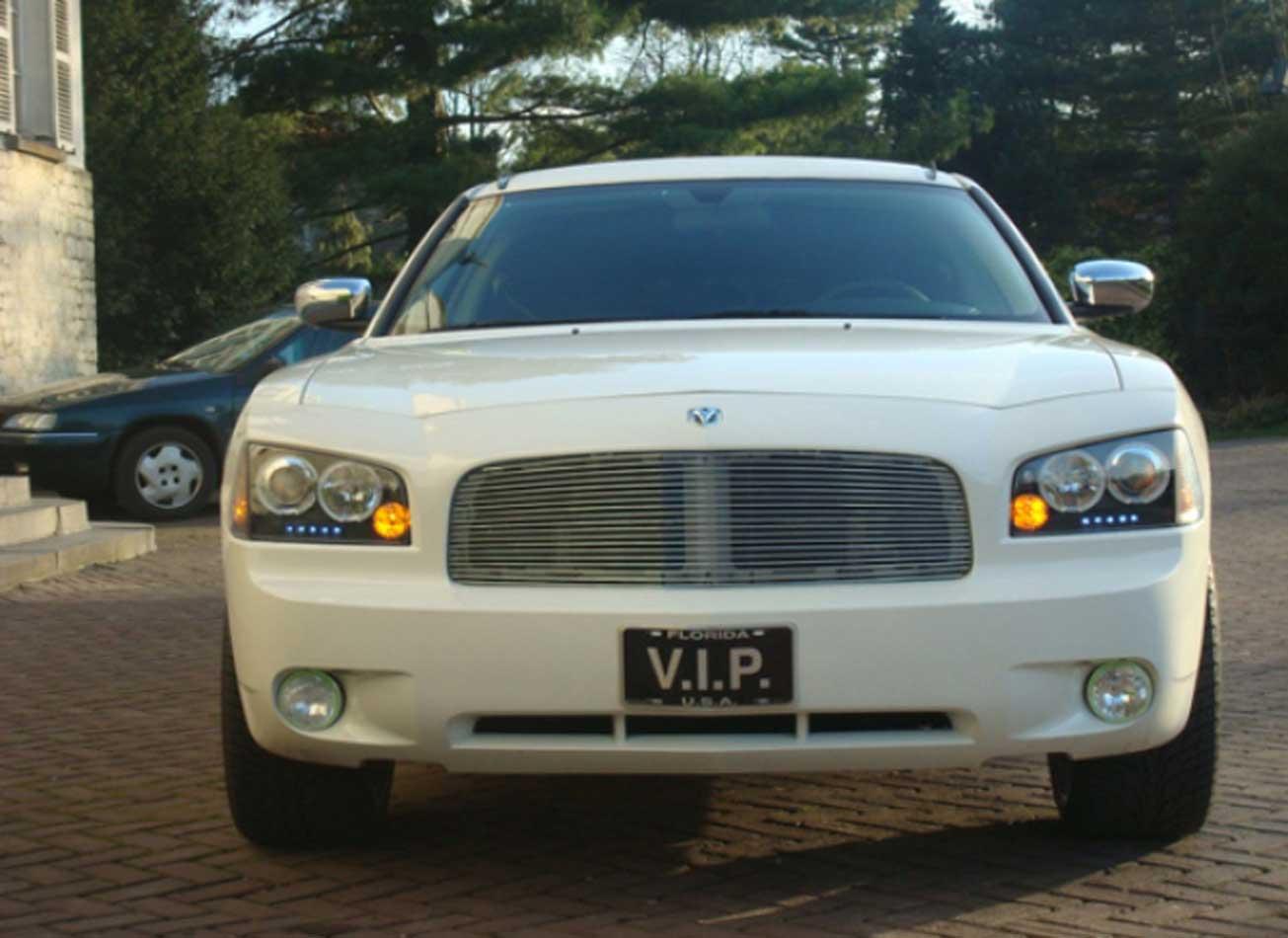 Vimigo-Bruxelles-Dodge-limousine